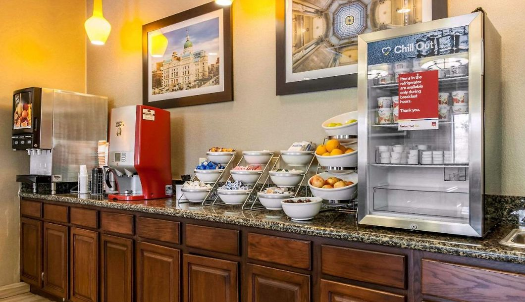 Comfort Suites Vincennes Book Your Stay In Advance And Save On